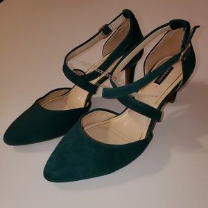New Never Worn Alex Marie Green Heels Size 7.5